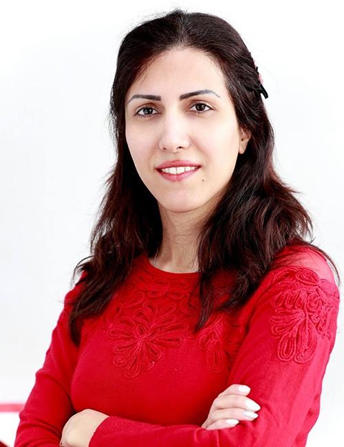 Dr Sanaz Valadi dentist